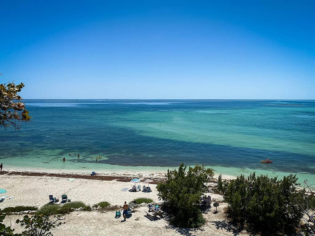 Atlantic ocean and beach in the Florida Keys
